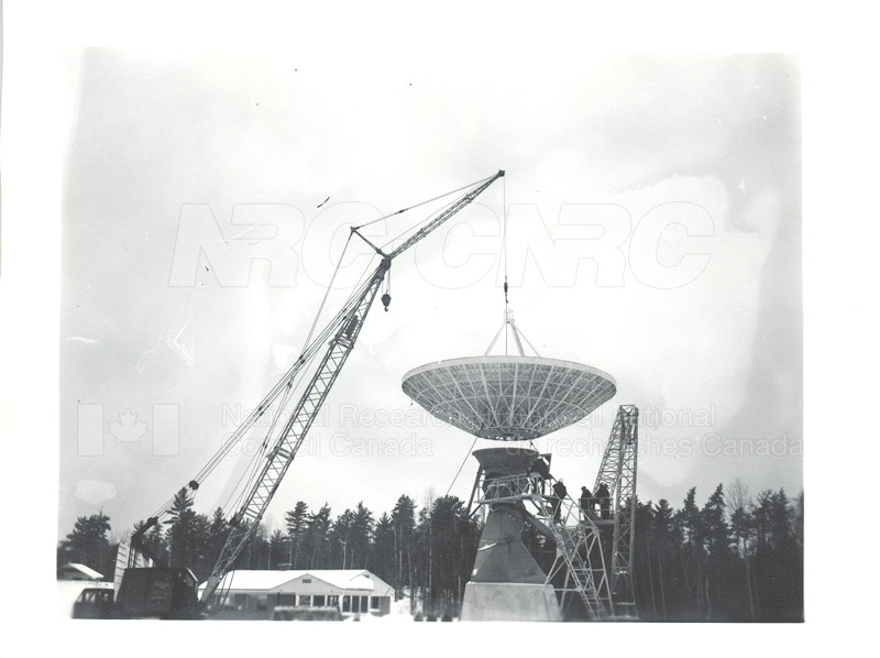 Algonquin Observatory- Assembly of the 33 ft. Radio Telescope c.1964 002