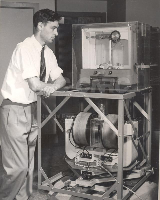 Metallurgy- Magnetic Susceptibility Apparatus June 1954 002