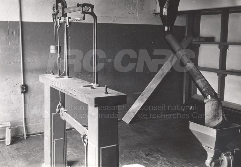 Weighing Room- Scales & Grinder