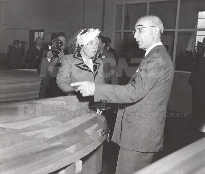 Queen Juliana Montreal Rd. Labs 23 April 1952 008