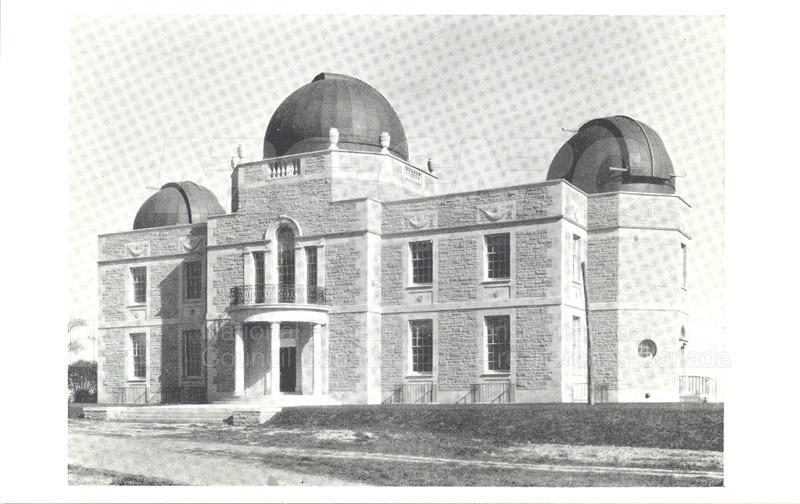 University of Toronto David Dunlap Observatory (postcard)