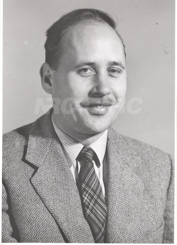 Photographs of Postdoctorate Issue 1957 087