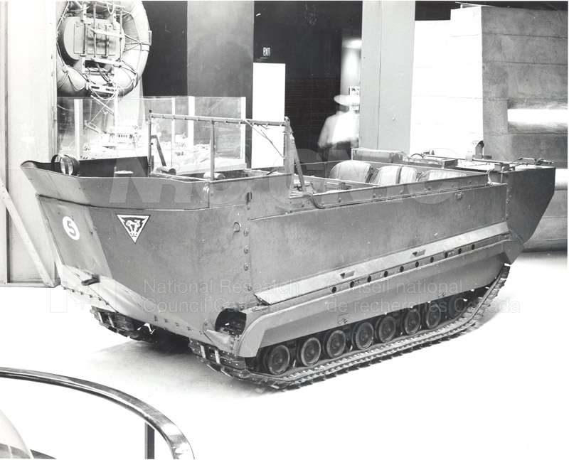 Engineering Laboratory- The 'Weasel' Amphibious Track Vehicle WWII 008