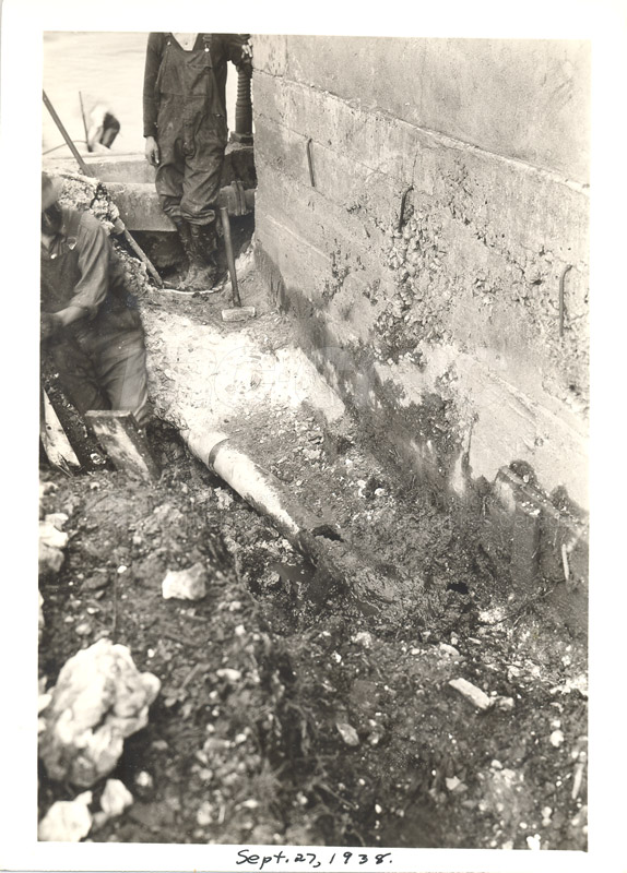 Replacing Cable- Sept. 27 1938, Oct. 5 1938 012