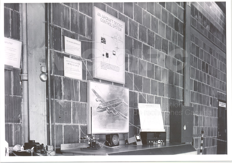 NRC Open House- Montreal Road 1954 032
