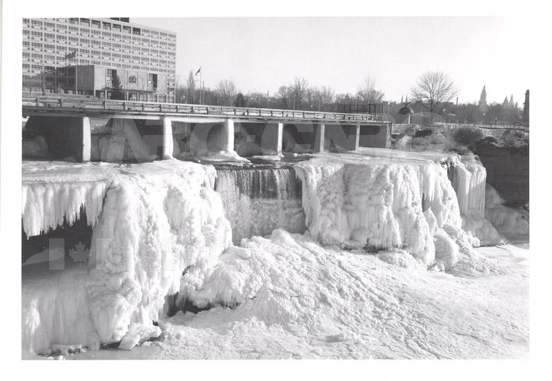 ICE Spring Breakup 1959 001