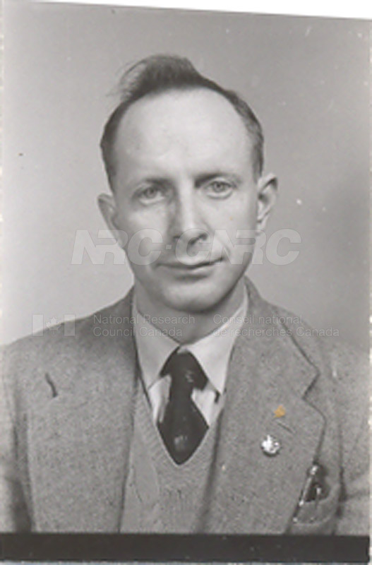 Photographs of Postdoctorate Issue 1957 091