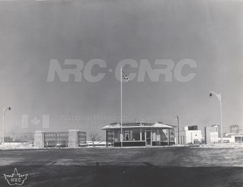 Montreal Road Campus- The Gate c.1940 002