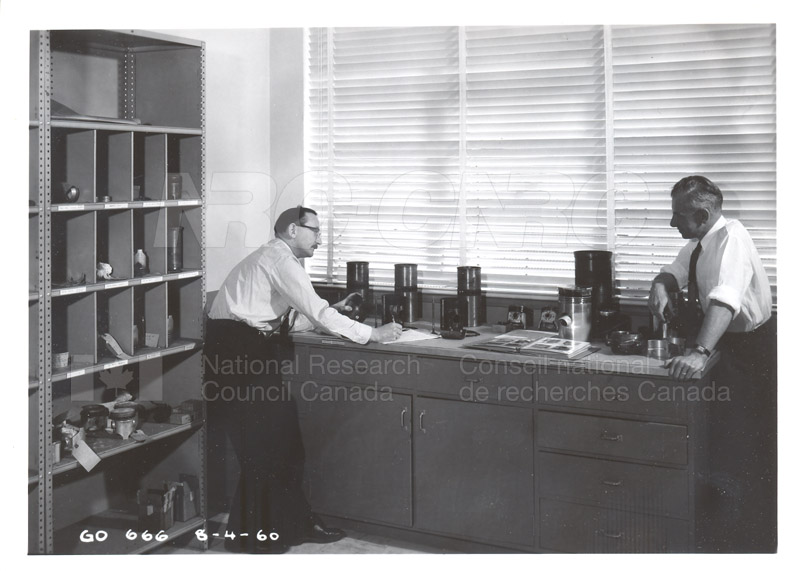 Fuel and Lubricant Lab Apparatus and Testing Procedures 1960 007