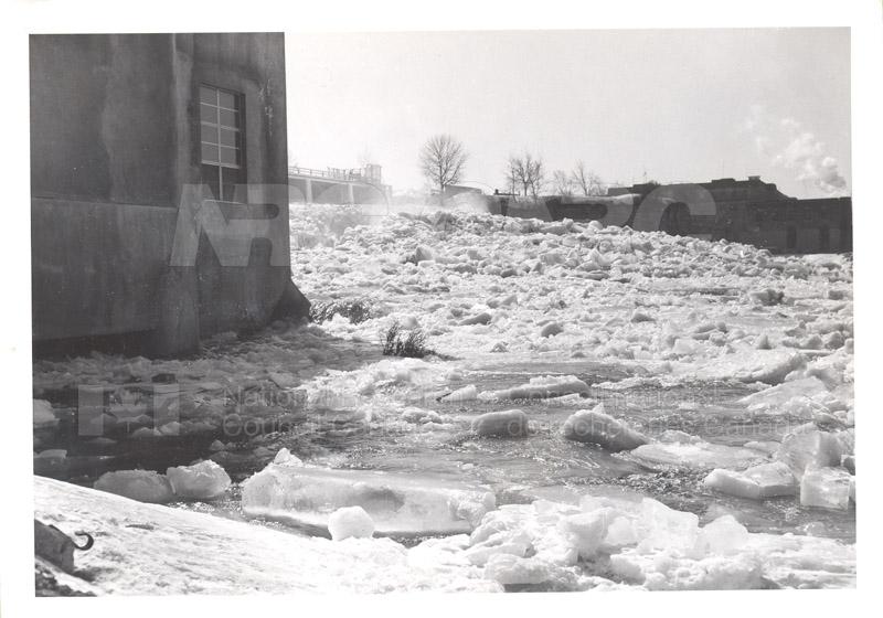 Main Dam Feb. 1960, Feb. 1941 001