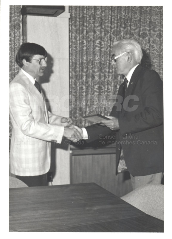 25 Year Service Plaques Presentations 1981 068