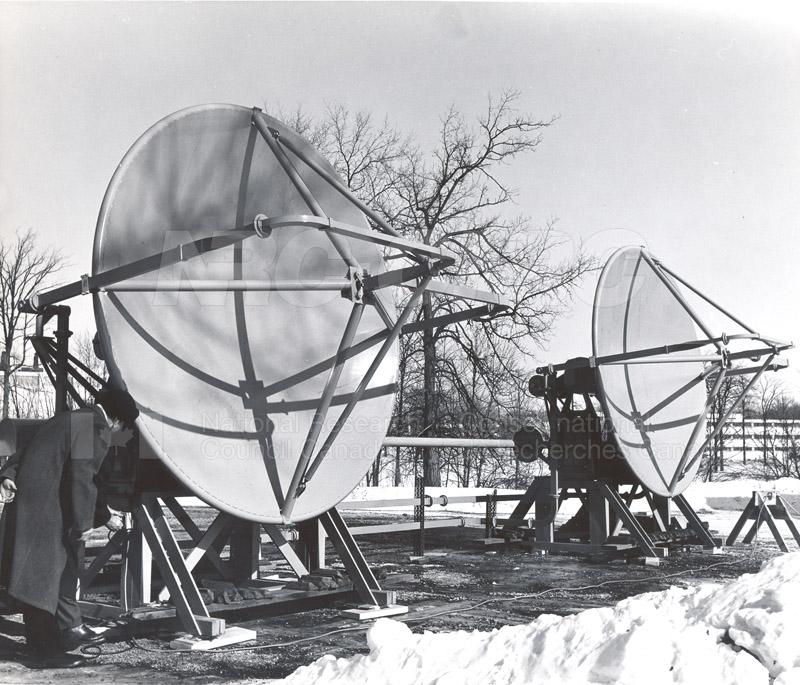 Algonquin Observatory- Prototype for Multi-element Interferometer Feb. 1962 002