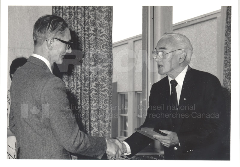 25 Year Service Plaque Presentations May 1985 022