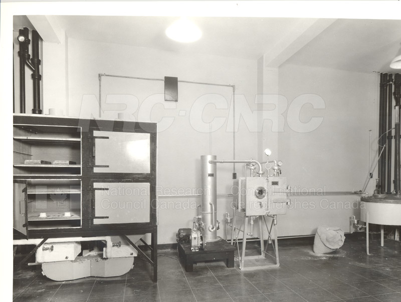 100 Sussex Drive- Chemistry Laboratory (KK-90)