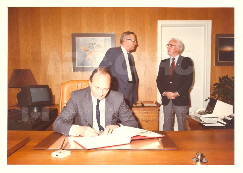 W. de Jong & J.H. Parmentier Netherlands Organization for Applied Scientific Research May 30 1984 002