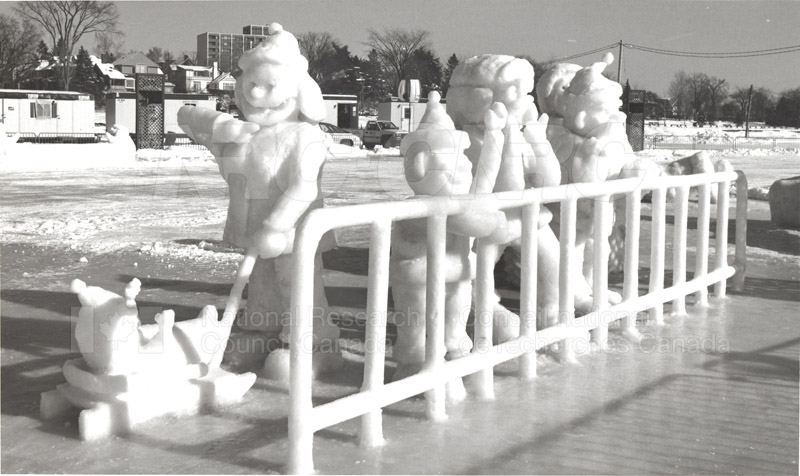 Other Winterlude Snow Sculptures 012