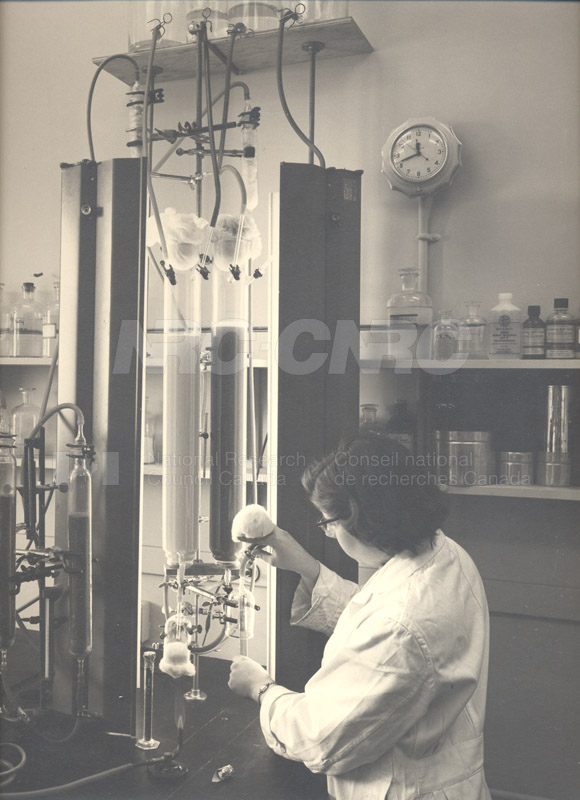 Fay Inglis- Column Culture of Toxic Algae 1954