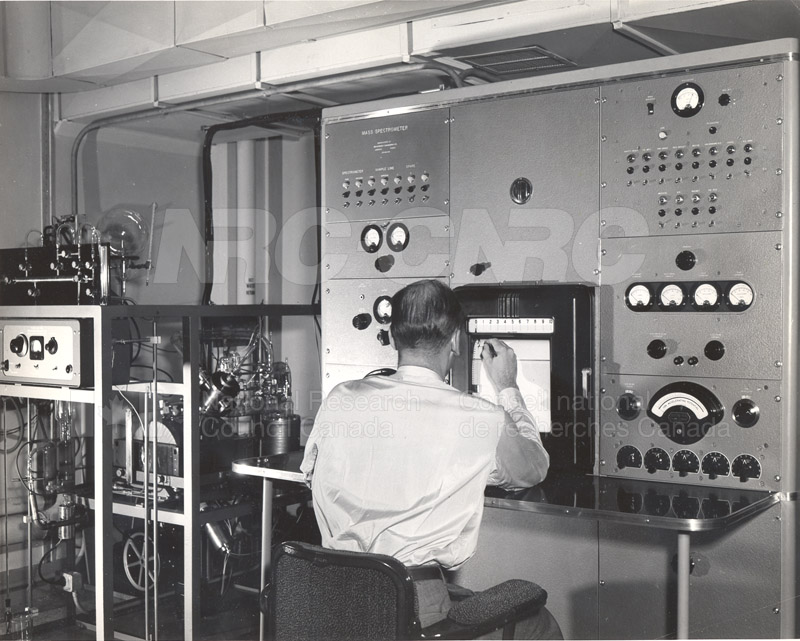 Metallurgy- Analytical Mass Spectrometer A.W. Tickner June 1954