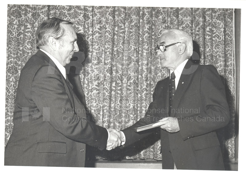 25 Year Service Plaques Presentations 1981 033