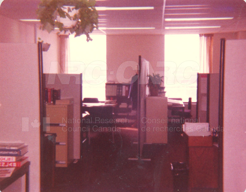 IMI Library Branch- 1980 007