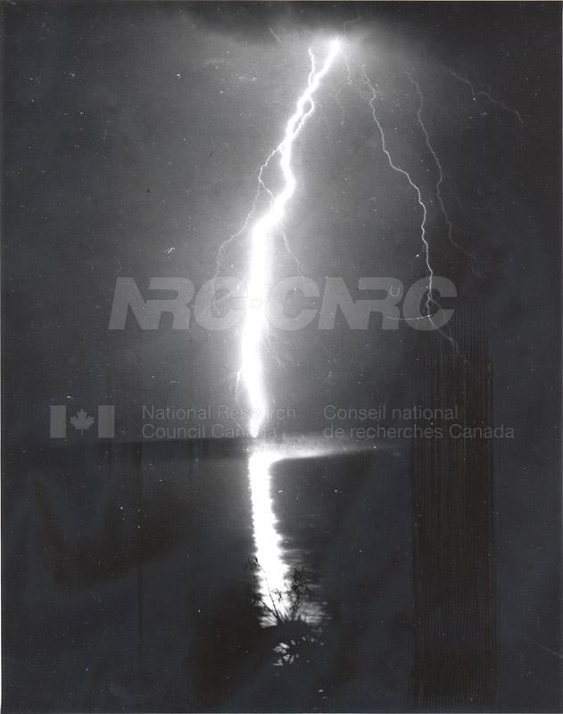 MORP Lightning 002