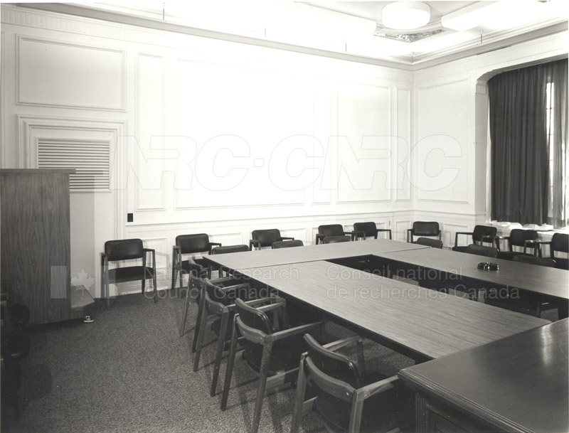 Council Chamber 004