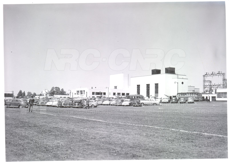 NRC Open House- Montreal Road 1954 024