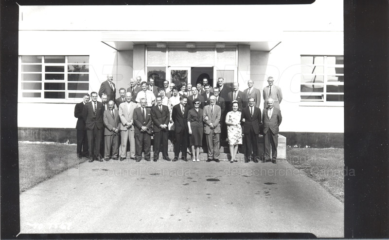 Dr. Broughton- Unveiling Photograph as a Memorial (Fuel & Lubricants Laboratory) 1964 003