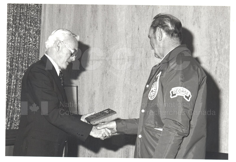 25 Year Service Plaques Presentations 1981 055