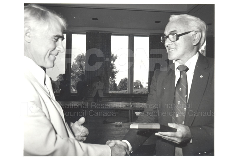 25 Year Service Plaques Presentations 1981 079
