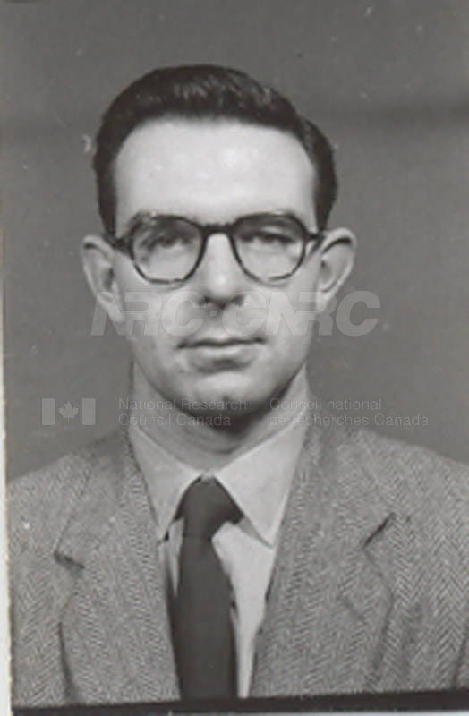 Photographs of Postdoctorate Issue 1957 051
