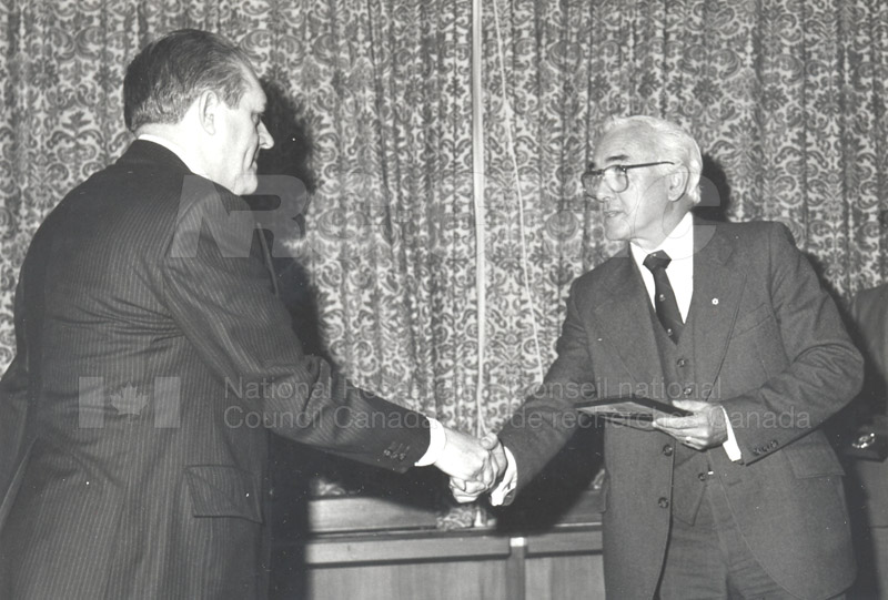 25 Year Service Plaques Presentations 1981 004