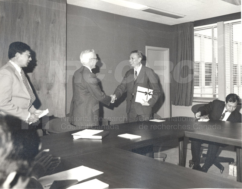 Visit to Canada of a Delegation from the Chinese Academy of Sciences April 28-May 11 1983 004