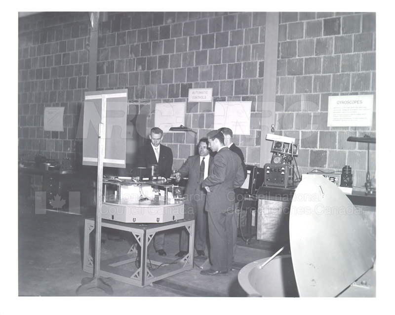 NRC Open House- Montreal Road 1954 013