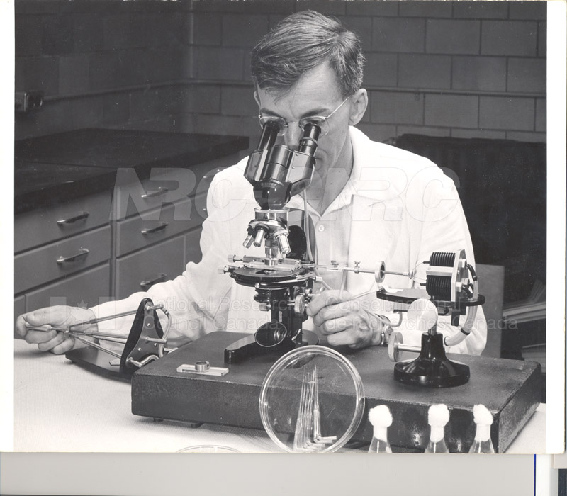Micro-Manipulator Dr. Gorman July 1958